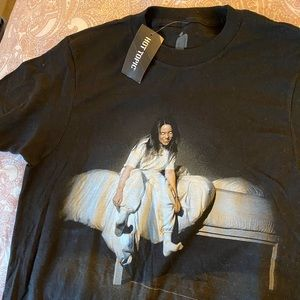 Uni-sex Hot Topic Billie Eilish T-Shirt